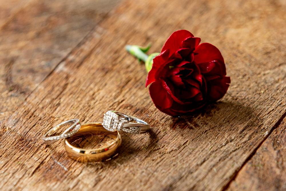 Carnation Wedding Rings